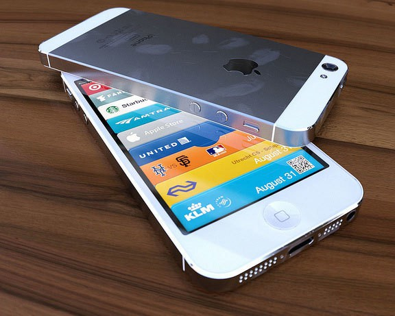 iPhone 5 with metal case and 4 inch screan