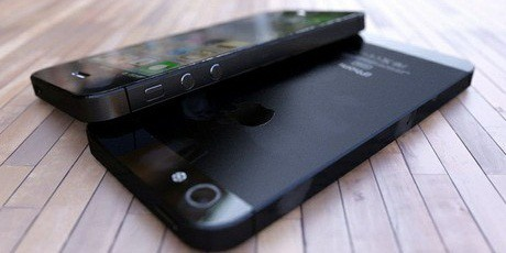 iPhone 5 assembled concept