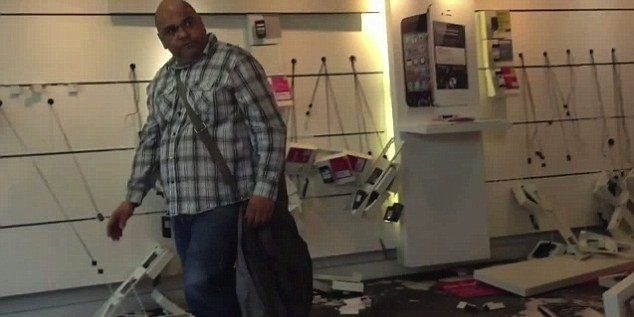 Angry Man Smashes Up T-Mobile
