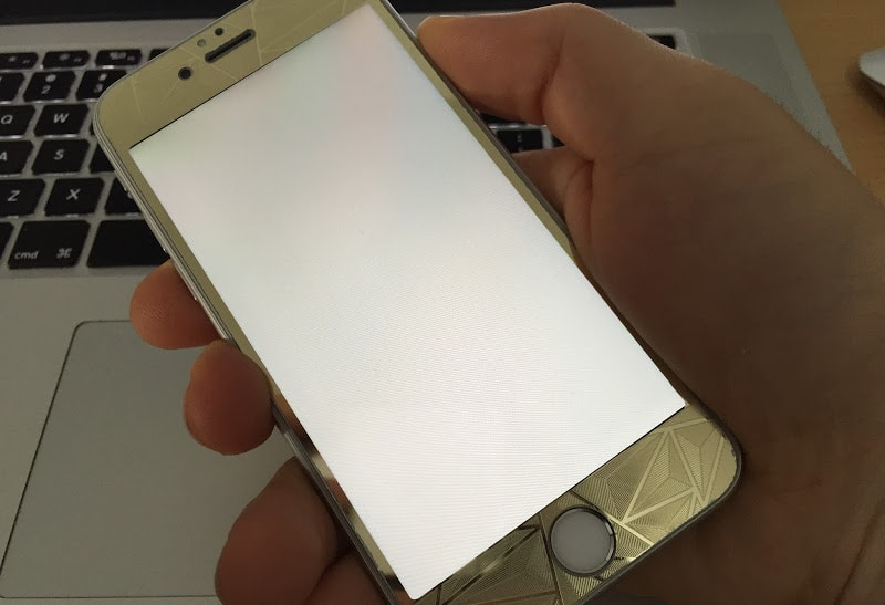 white screen iphone 6