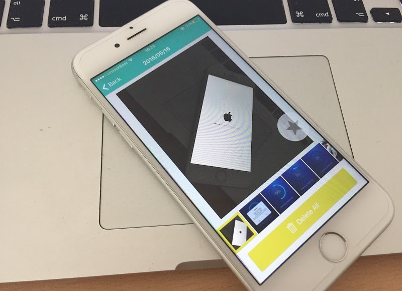 delete all iPhone photos at once