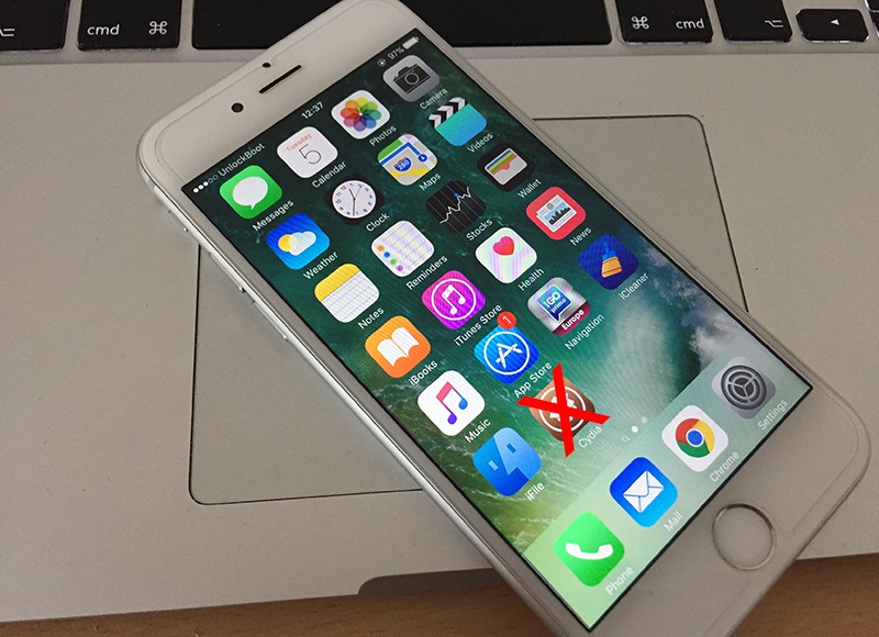 Remove Cydia from iPhone