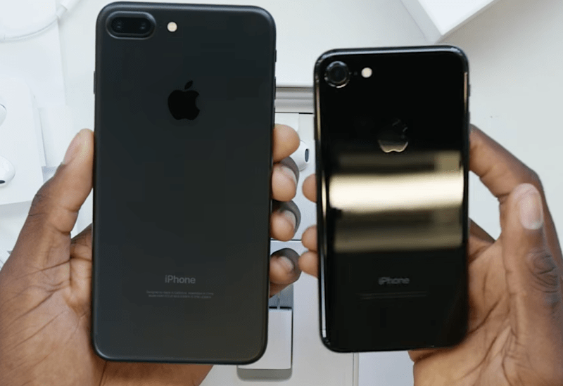 iphone 7 plus black unboxing. unfortunately, the glossy iphone 7 surface is prone to fingerprint marks. apple inc honestly admits that its not well-protected and will begin iphone plus black unboxing