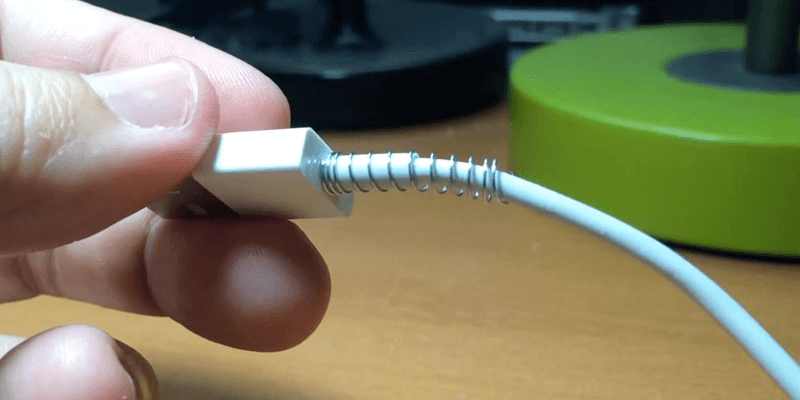 prevent lightning cable from damage