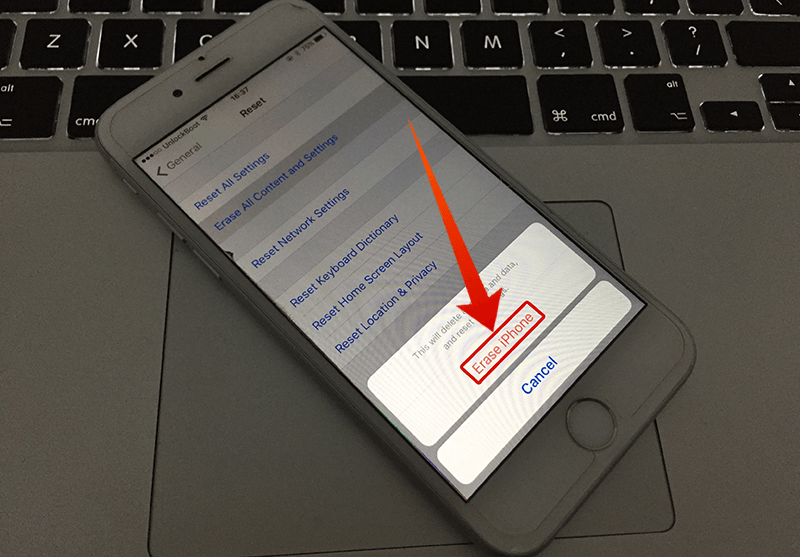 erase all content on iphone