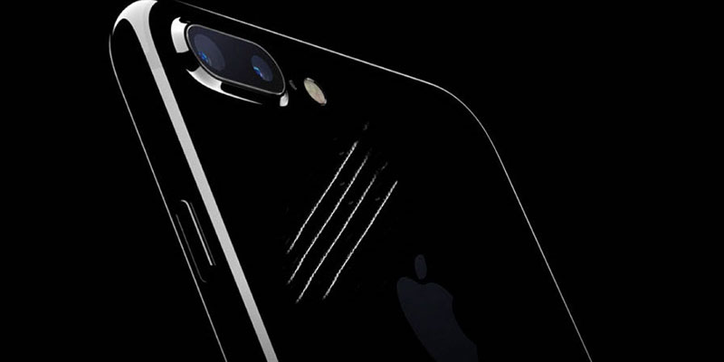 jet black iphone 7 scratch