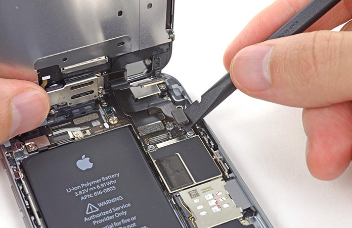 replace battery on iphone 6 plus